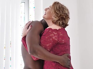Fat Mature Slut Fucked In Ass