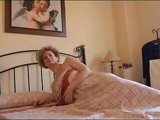 44yo MILF bangs the young clothes-horse she takes dance lessons with